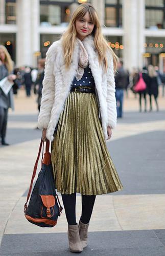 midi-skirt-street-style.jpg