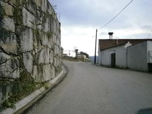 Padornelo Rua da Cortiça recém-pavimentada 2016
