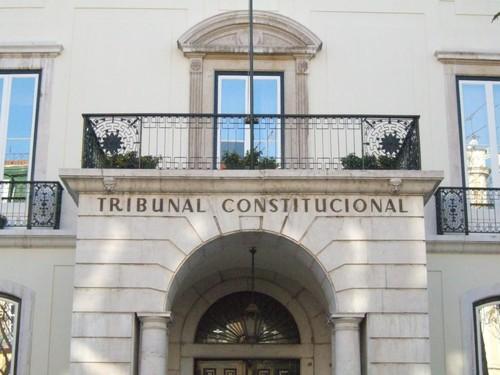 3-tribunal_constituciona-Enciclopédial[1].jpg