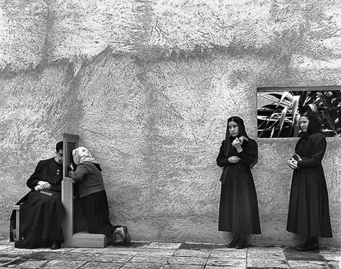 The confessional, Mexico. John Gutmann, 1960.jpg