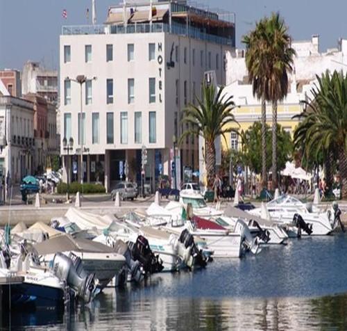 Hotel Faro 01.jpg