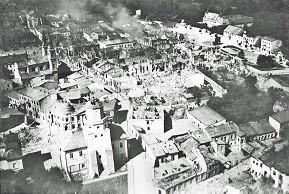 Zniszczenia1939_0.jpg