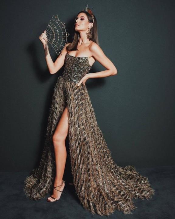 Camila Queiroz 55.jpg