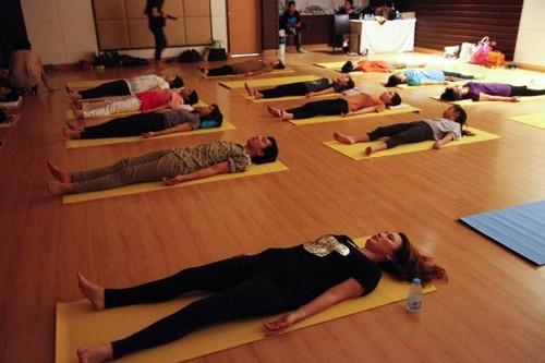 yoga_internet1.jpg