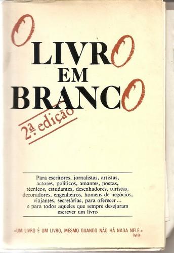 Livro em Branco.jpg