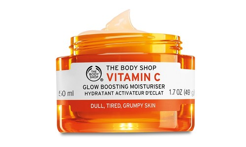 1040917 Vitamin C Glow Boosting Moisturiser  (1).j