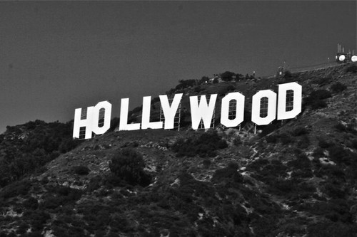 Hollywood-Sign-Black-and-White.jpg
