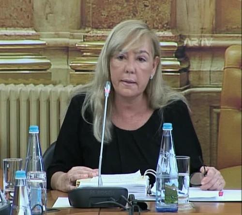 MinistraJustiça-Parlamento(ARTV).jpg