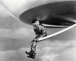 jerry-lewis-visit-to-a-small-planet-1960-1.jpg