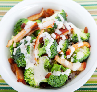 broccoli-salad-and-chicken1.jpg