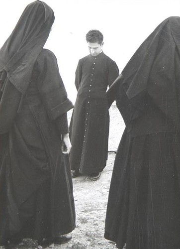 Clemens Kalischer Two nuns and priest, Val Stura,