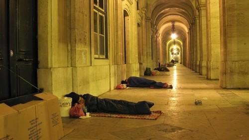 Foto de sem abrigo (Reuters)
