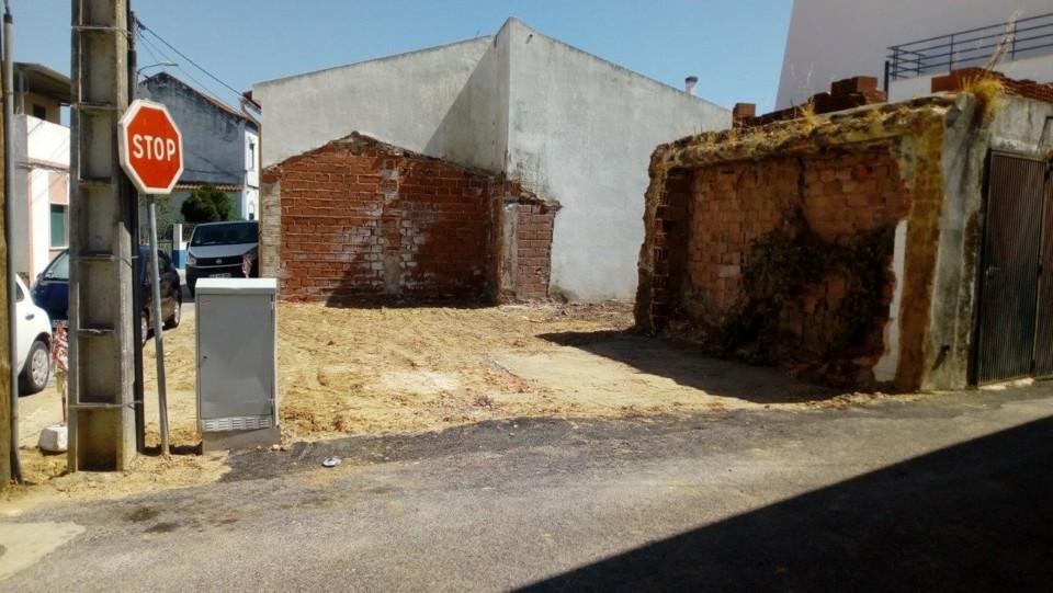 parque_estacionamento_aveiras_cima.jpg
