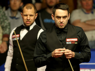 barry-hawkins-and-ronnie-osullivan-right-crucible_