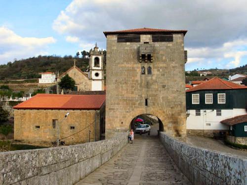 Torre_de_Ucanha.jpg
