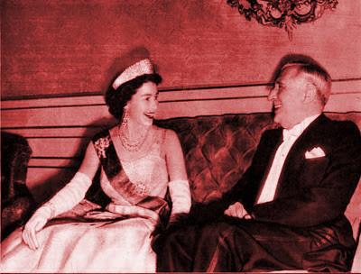Salazar with Queen Elizabeth II.jpg