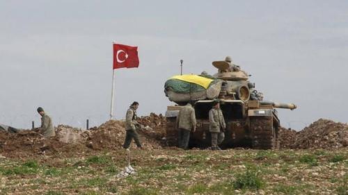 tanques-do-exercito-da-turquia-na-fronteira-com-a-