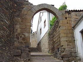 Arco do Castelo de Vila Flor.JPG