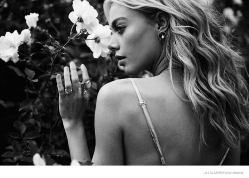 Lili-Claspe-Jewelry-Spring-2015-05.jpg