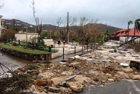 hurricane-irma-saint-barthelemy2-gty-mem-170907_3x