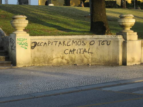 Alameda Júlio Henriques, muro do jardim dos patos