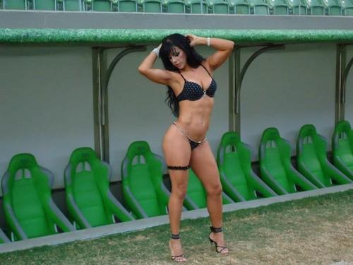 Alesandra Alves Silva (modelo & consultora de