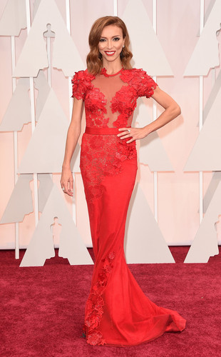 rs_634x1024-150222131456-634-giuliana-rancic-oscar