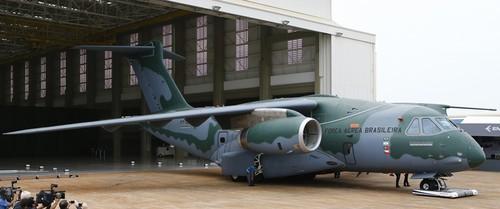 Avião KC390 Embraer aa.jpg