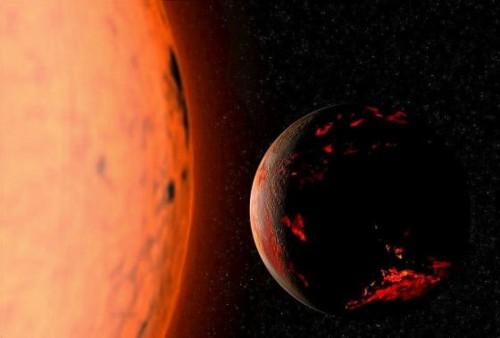 Red_Giant_Earth_warm.jpg