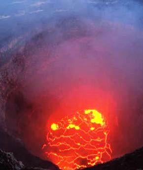 Hawaii-volcano-eruption-Kilauea-957372 B.jpg