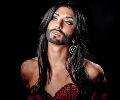 Um travesti, que tem o nome artístico de Conchita Wurst, foi escolhido pela Áustria para representar o país e disputar a competição Eurovisão 2014.