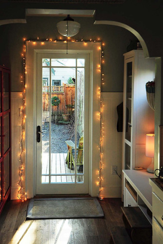 String-Lights-Home-Decor-17-1-Kindesign.jpg
