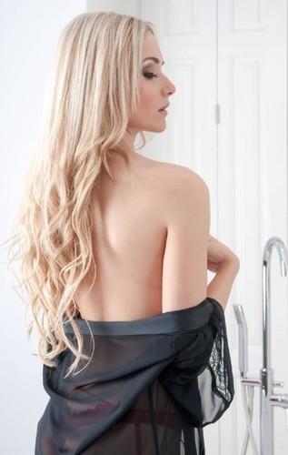 Sara Santini 20