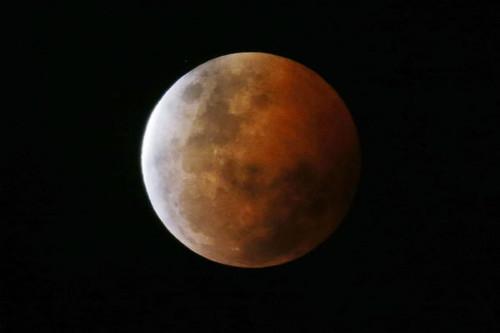 lua-vermelha.jpg