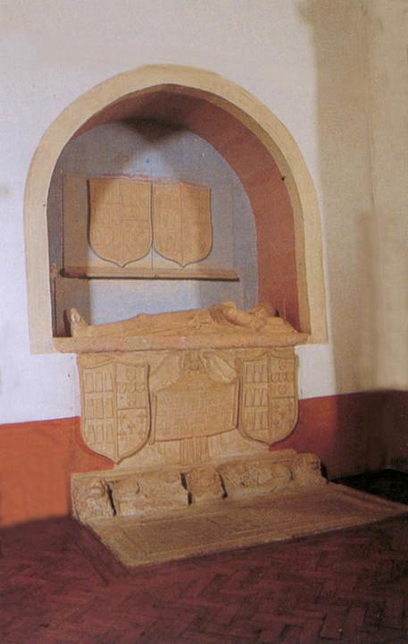 Túmulo de Mateus da Cunha.jpg