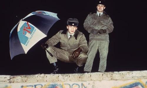 MTV-on-the-Berlin-Wall.jpg