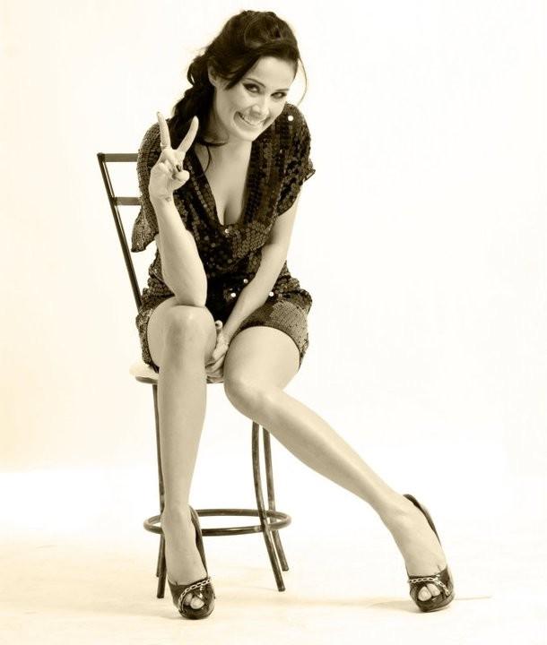 Ariane Gonzalez 3.jpg