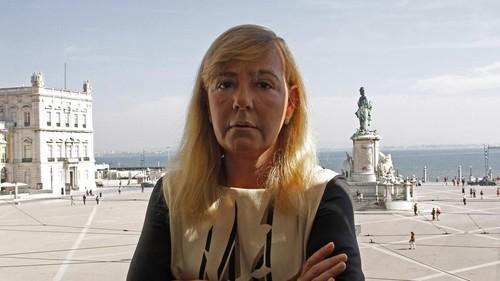 MinistraJustiçaPaulaTeixeiraCruz-NoTerreiroPaço.