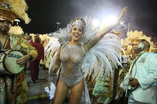 Dani Bolina (Carnaval São paulo 2016)