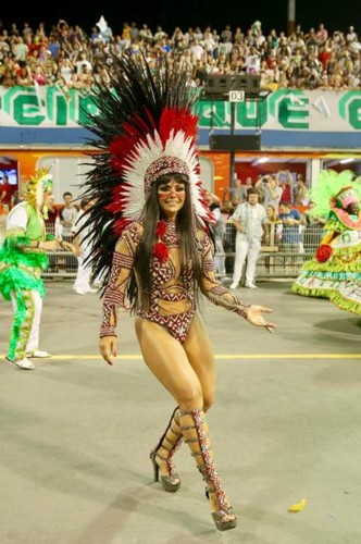 Viviane Araújo 2 (Carnaval S.Paulo 2018).jpg