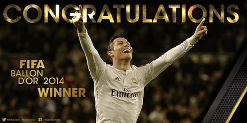 Cristiano Ronaldo Bola de Ouro 2014 12Jan2015.jpg
