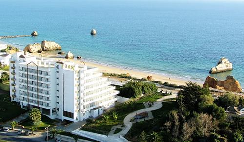 Hotel Luar 01.png