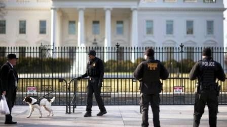 Secret-Service-agents-at-White-House-jpg.jpg