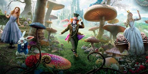 Alice_in_Wonderland_2_40422.jpg