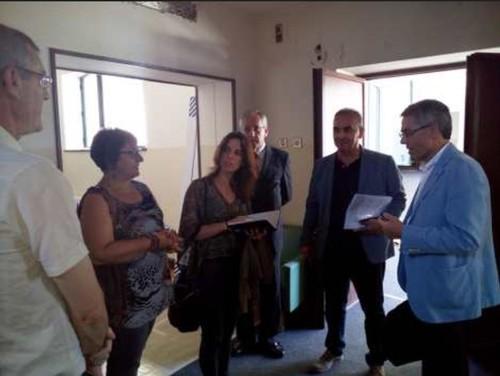 TJ-OliveiraAzemeis=VisitaDeputadaPCP(JUN2016).jpg