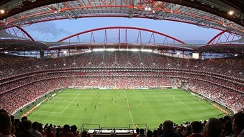 SLB_Futebol_EstadioLuz_C_2011_12V.jpg