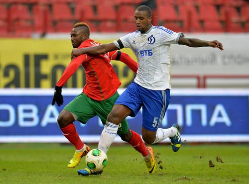 Douglas+FC+Lokomotiv+Moscow+v+FC+Dinamo+Moscow+Ztb