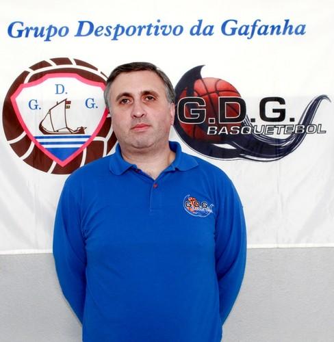 Salvador Silva - treinador.jpg