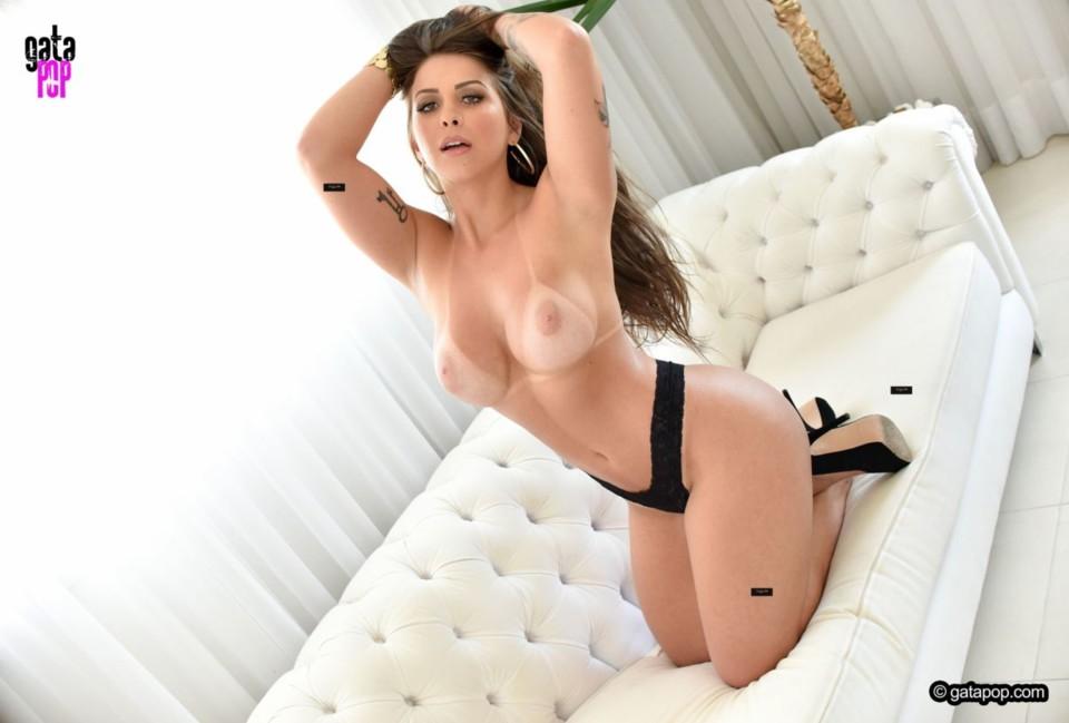 Mônica Renner 23.jpg