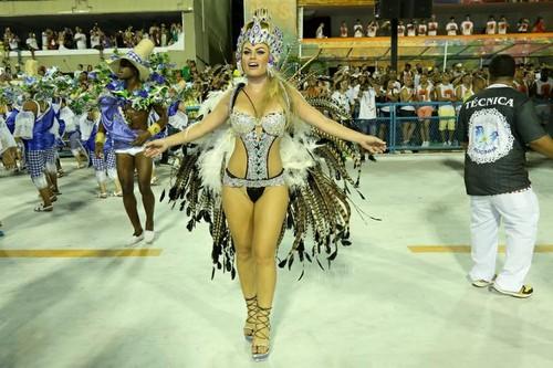 Natalia Casassola (Carnaval Rio 2016)